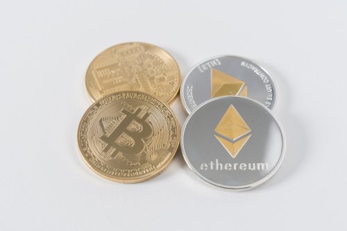 What does the Ethereum/Bitcoin chart indicate