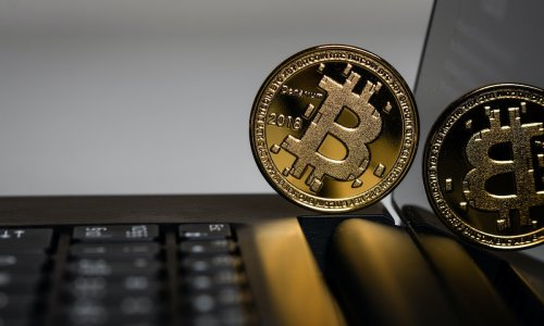 Bitcoin's edge over stocks and real estate
