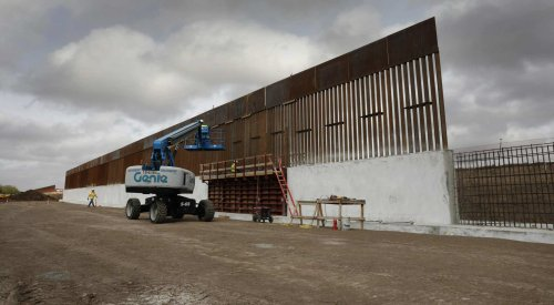 Biden admin resumes Trump border wall levee construction amid 900% illegal immigration surge