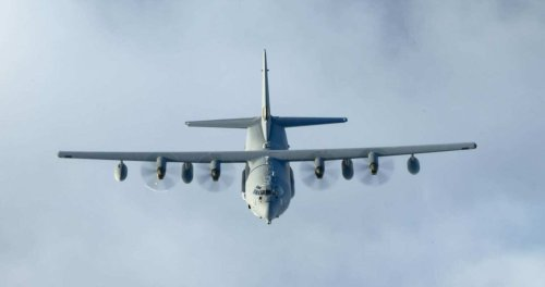 US Air Force developing combat tanker-airlifter that can land on water