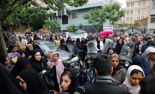 Iran accused of using 'ruthless' force to crush peaceful protests