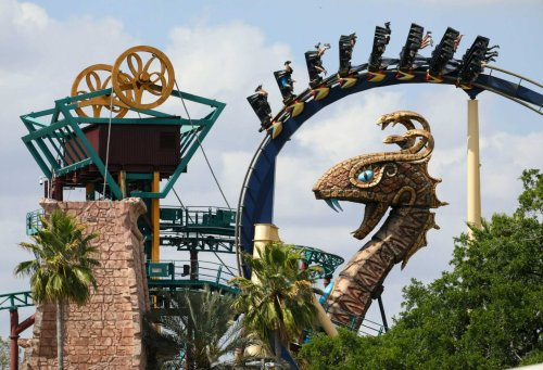 Busch Gardens and SeaWorld offering free ticket deal for veterans
