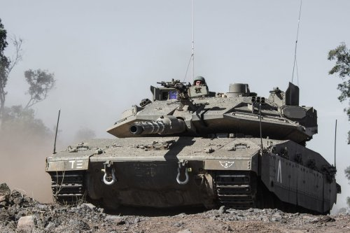 Video: Israeli tanks, troops deploy along its borders, fire warning shots and destroy tunnels as militants try to enter Israel