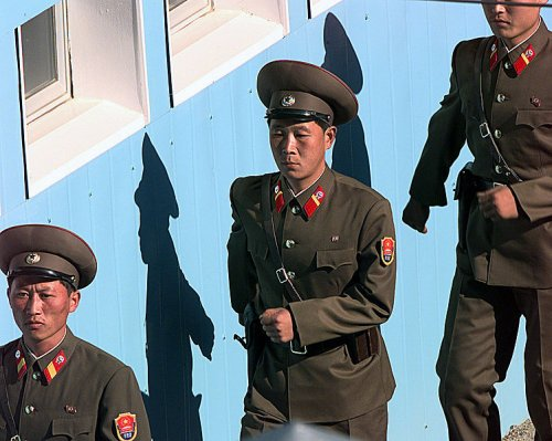 US monitoring North Korea moving rocket launchers to border, report says