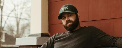 Jordan Davis Talks Faith, Family, and His Forthcoming EP 'Buy Dirt'