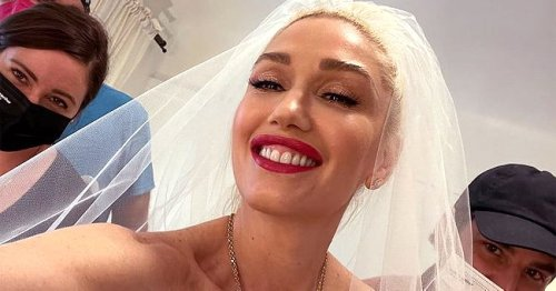 Gwen Stefani Shares Video on IG of Moment She Chose Vera Wang Gown for Wedding to Blake Shelton