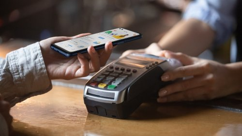 Researcher hacks ATMs using his phone's NFC and an Android app