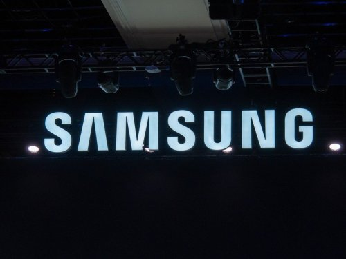 Samsung mobile business reportedly under review amid Xiaomi global takeover