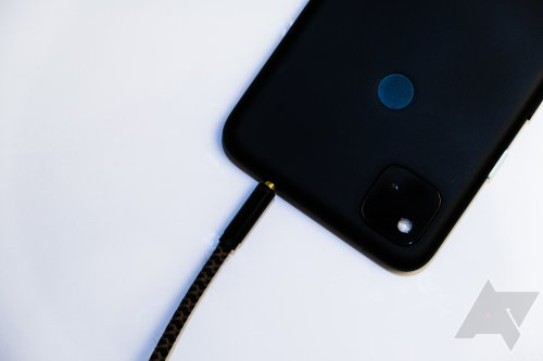 Hear me out: Google should bring back the headphone jack