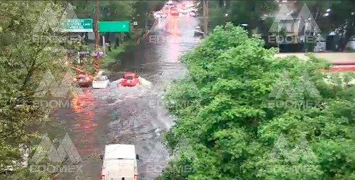 Edomex registra inundaciones en municipios tras lluvias