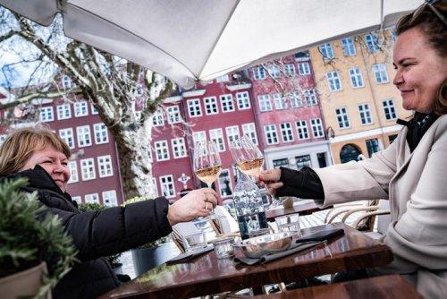 Covid: in Danimarca riaprono musei, bar e ristoranti - Ultima Ora