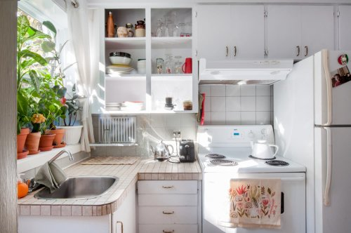 The $25 Amazon Find That Makes My Rental Kitchen Feel Like an IKEA Catalog