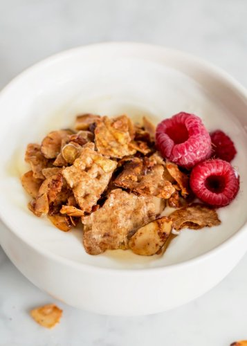 Matzo Granola with Vanilla & Almonds Is Guaranteed to Be a Hit