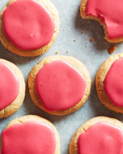These Chewy Gluten-Free Cookies Have a Stunning Pink Glaze