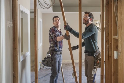 The 9 Most Common Mistakes People Make When Doing Home Renovations, According to the Property Brothers