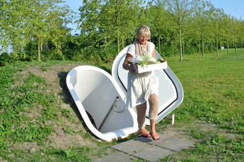 """The """"Groundfridge"""" Keeps Food Cool Without Any Electricity"""