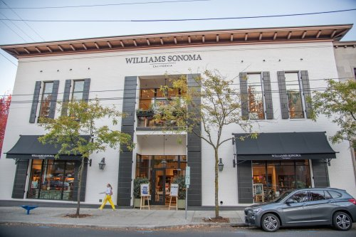 Williams-Sonoma Is Hiring 7,000 Remote Workers for the Holiday Season