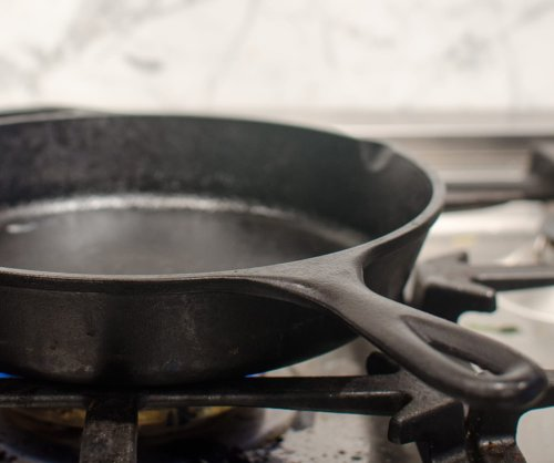 The Best Way to Dry a Cast Iron Skillet