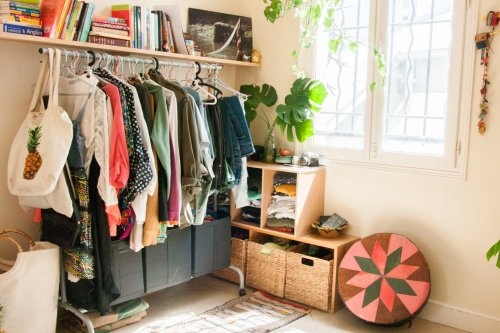 5 Things in Your Closet You Should Get Rid of Right Now, According to Stagers