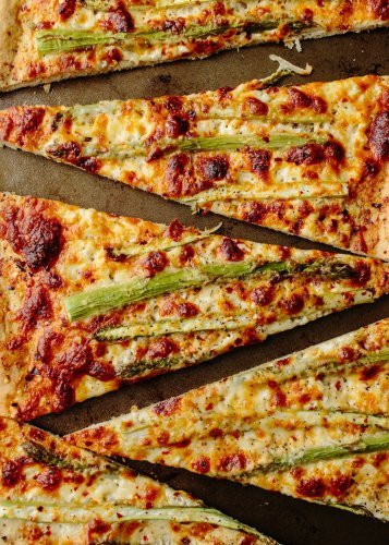 Roasted Asparagus & Ricotta Pizza Should Be on Your Menu