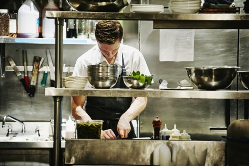 9 Things Chefs Know About Cleaning (That You Don't)