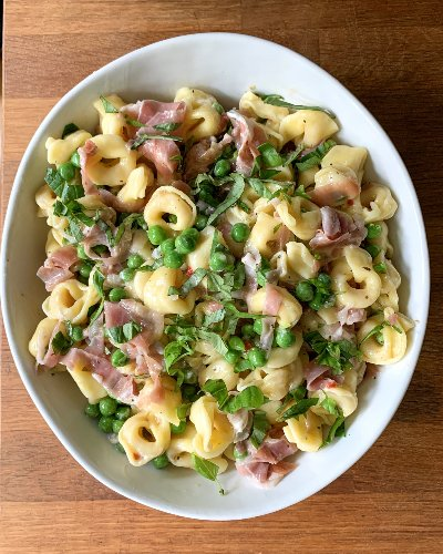 I Tried the Grandma's Pasta Salad Reddit Is Obsessed With (Now I'm Obsessed, Too)