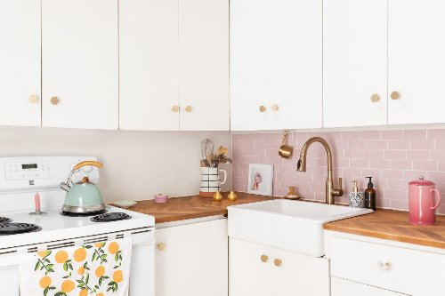 Here's Why One HGTV Star Thinks You Should Have Fewer Kitchen Cabinets