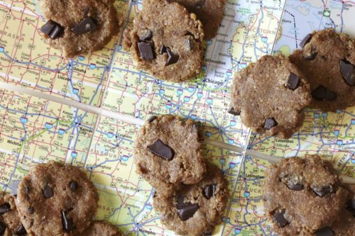10 Nutritious Car Snacks for a Long Trip