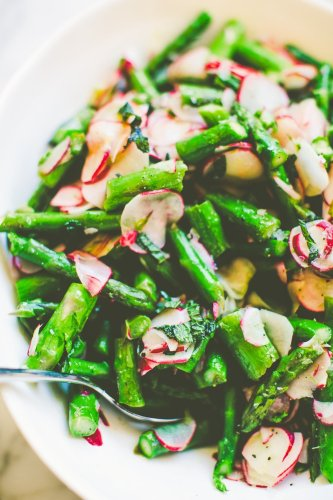 Asparagus & Radishes with Mint Screams Spring