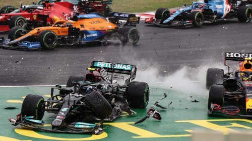 'What the f***?': Twist as legend stripped of second after SIX drivers crash in all-time F1 chaos