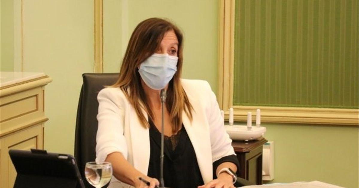 Imputen la directora de Salut Pública de les Balears pel confinament dels estudiants a l'hotel covid