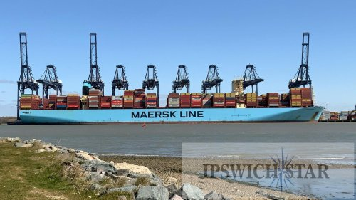 Enormous container ships prompt Port of Felixstowe to deepen berths