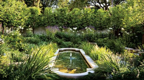 18 Private Gardens from the AD Archive That Will Make You Green with Envy