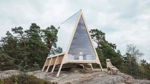 Would You Put Mirror on the Roof of Your House? | Architectural Digest