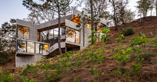 Silkworm Sanctuary // LAMZ Arquitectura