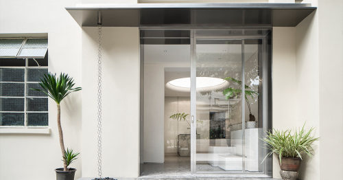 Absolute Flower Shop // More Design Office