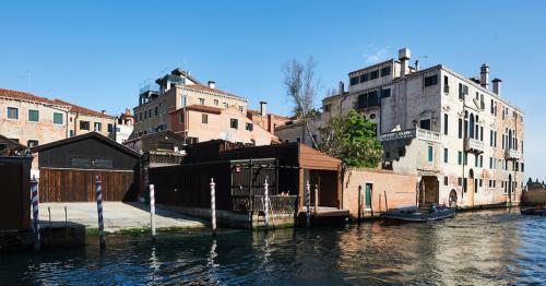 Spazio Berlendis // Caprioglio Architects