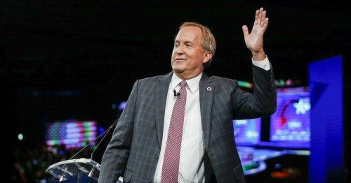 Paxton stalls under ethics cloud, Texans unenthused on Cruz or Abbott presidential bid: News poll