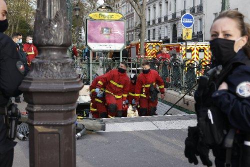 Paris : un homme s'immole par le feu dans la station Pigalle, des passagers «choqués»