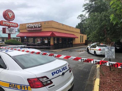 Jacksonville police: Man fatally shot while walking through parking lot of Popeyes on Dunn Avenue