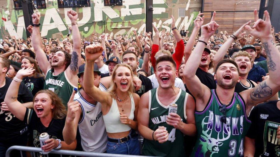 Bucks championship parade expected Thursday