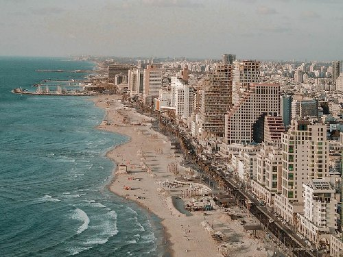 Tel Aviv: Perspectives from a Local