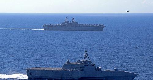 Sea power panel backs block buy of amphibious ships