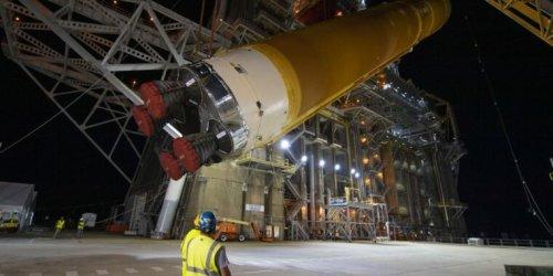 Rocket Report: Amazon bypasses New Glenn, SLS ready for Florida shipment