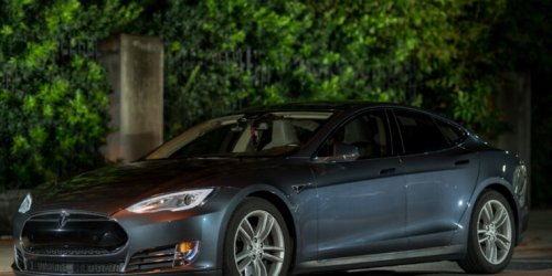Elon Musk denies Autopilot was active before deadly crash in Texas