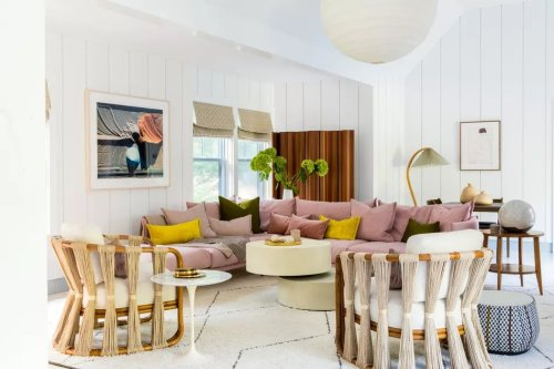 The Star of This Hamptons Home Is Its Oversized Pink Sectional