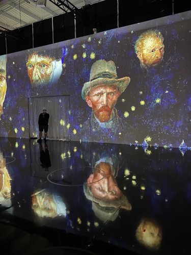 We Took a Preview Tour of the Immersive Van Gogh Experience Opening in New York. It Was Actually Pretty Spectacular