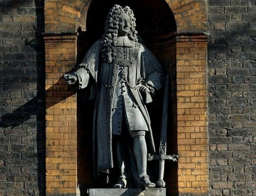 A London Museum Wants to Relocate a Statue of Its Slave-Trader Founder—But the U.K. Government Won't Let It Happen