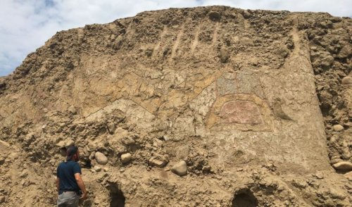 Archaeologists Find 3,200-Year-Old Mural in Peru, Shedding New Light on Pre-Columbian Culture