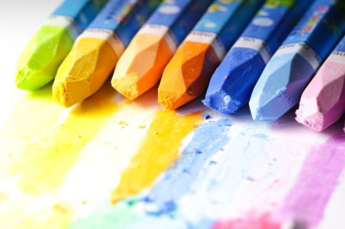 The Best Student-Grade Oil Pastels for Beginners in the Medium